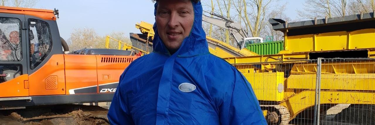 Roger Brinke op de bouwplaats